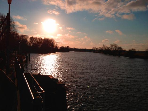 Die Havel von der Uferpromenade aus gesehen.